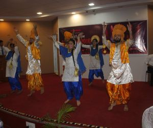 Bhangra performance @SCL