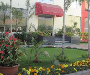 Shivalik Tower- Garden area.